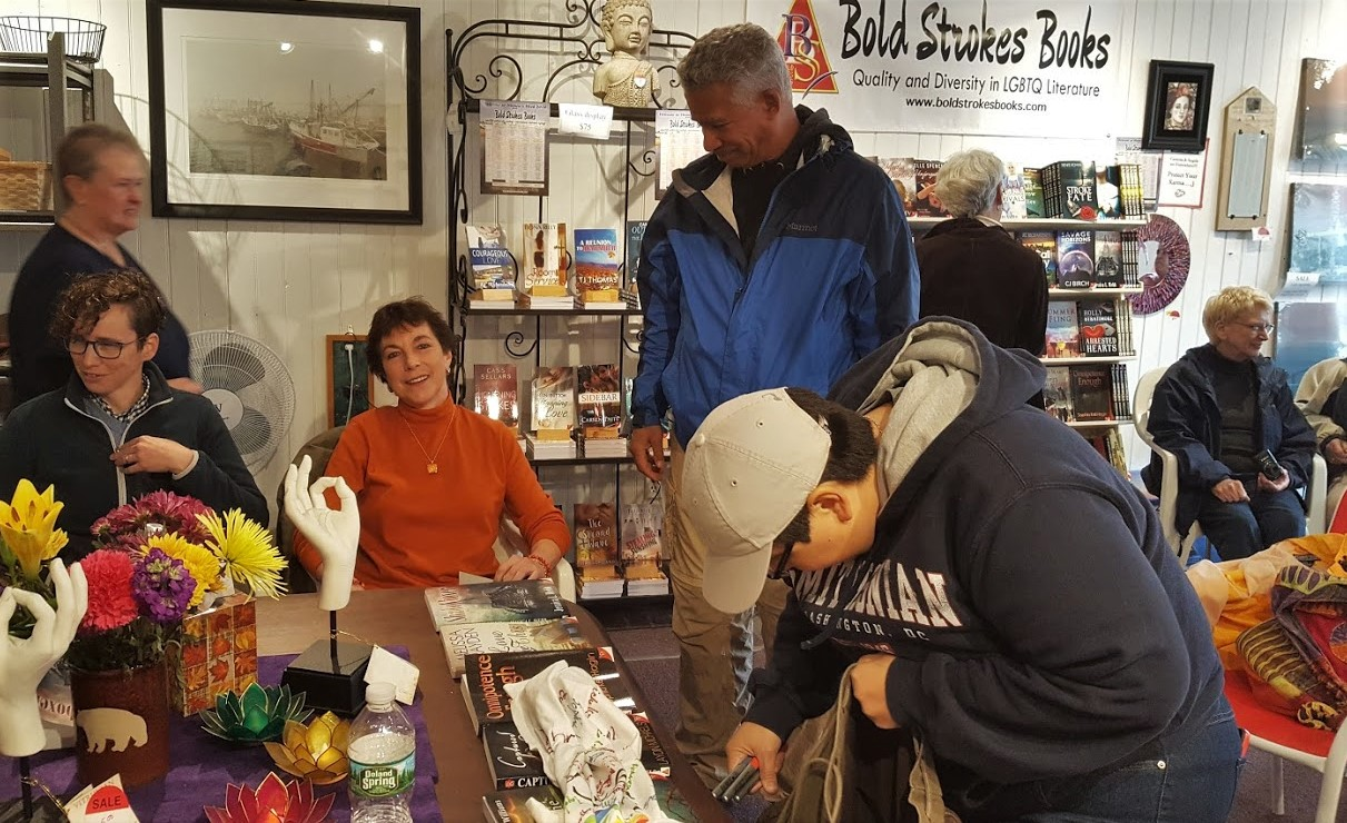 KW Ptown Booksigning 1